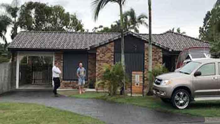 Off market property transaction
